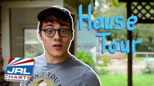 Watch Gay Adult Superstar Blake Mitchell In House Tour