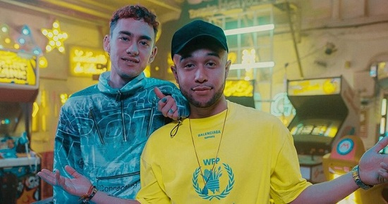Olly Alexander (Years & Years) and Jax Jones (2019) Play Music VIdeo hits Number 1