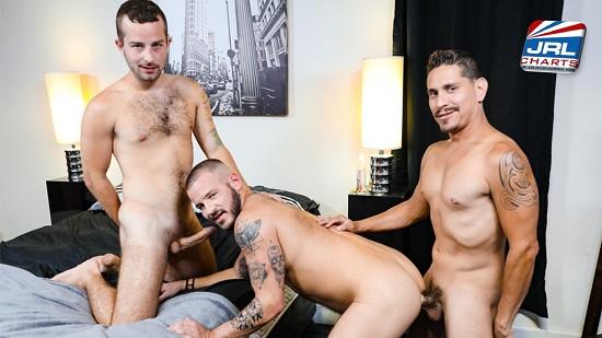 Big DIcked & Versatile (2019) Gay Porn -Jay Donahue-Sean Harding-Lex Sabre