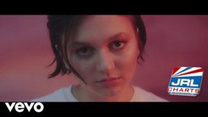 Daya - Pop singer dances her Insecurities in 'Left Me Yet' MV