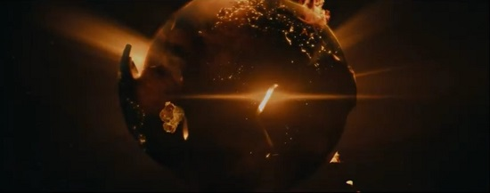 movie trailers - 3022 Sci Fi Movie (2019) Earth Explodes