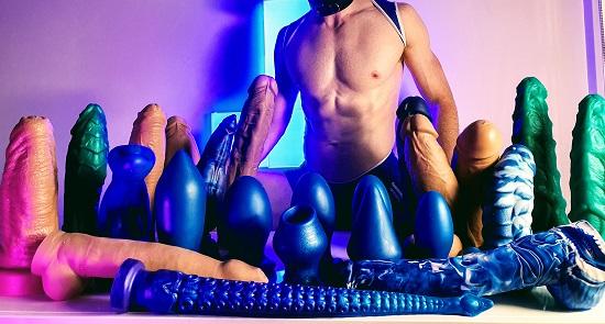 Dildo-Magician-Joshhrd-Blue-Collection-Giant-Dildos-Twitter-2020