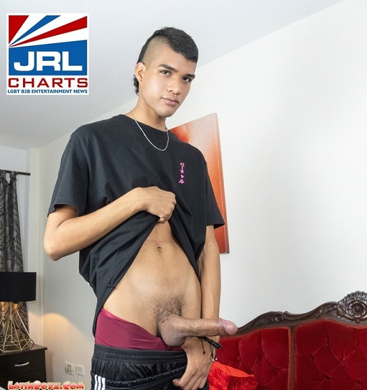 LatinBoyz Latin Twink Monster Cock (2020)-06