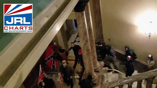 LIVE-Trump Supporters Waving Confederate Flags Breach Capitol, VP Pence, Pelosi & Schumer Evacuated, Lockdown Ordered