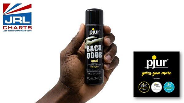 pjur backdoor-silicone-100ml-bottle-in-hand